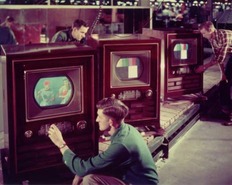 Comment-est-née-la-TV-couleur